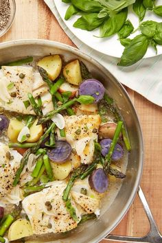 Recipe: Skillet Braised Cod with Asparagus and Potatoes | The fast and fancy fish dinner that will make you feel like a rockstar. Braising is one of my favorite methods for cooking fish. If you're new to cooking fish or want some extra assurance you'll be tucking into tender, juicy fillets, you've got to try this method.