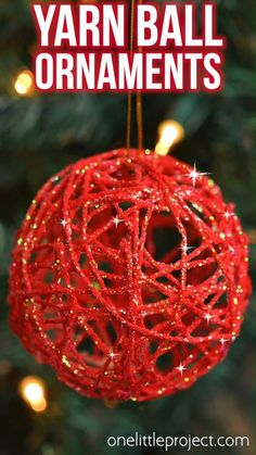 These glitter ball yarn ornaments using balloons are so PRETTY and they're so much fun to make! This is such a fun Christmas craft and a great way to make homemade Christmas ornaments. They look so sparkly and pretty on the Christmas tree! Make them in all your favourite festive colors! Christmas Balls Diy, Christmas Crafts To Make, Handmade Christmas Decorations, Christmas Ornament Crafts, Simple Christmas, Holiday Crafts, Beautiful Christmas, Glitter Ornaments, Merry Christmas