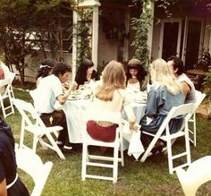 Michael & Toya having dinner in Encino - 1983 | Curiosities and Facts about Michael Jackson ღ by ⊰@carlamartinsmj⊱