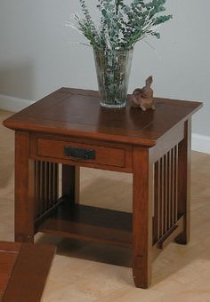 OD O T250 Traditional Oak Fully Enclosed End Table