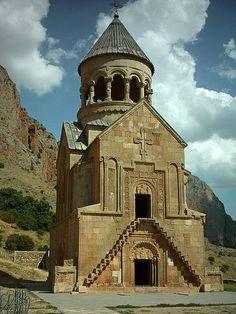 le monastère de Noravank à Vayotz Dzor