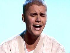POR MALOTE...  http://www.playgroundmag.net/noticias/actualidad/China-prohibe-Justin-Bieber-comportamiento_0_2014598529.html?utm_source=facebook.com&utm_medium=post&utm_campaign=original&utm_term=madre