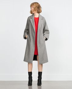 Shop Women's Zara Gray Silver size XS Jackets & Coats at a discounted price at Poshmark. Light Grey Zara Wool Coat in XS. Winter Mode Outfits, Winter Fashion Outfits, Long Wool Coat, Zara Jackets, Outerwear Women, Lana, What To Wear, Cool Outfits, My Style