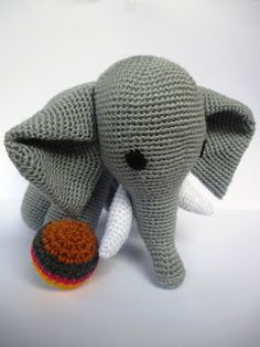 Craft Lotus: Free Pattern Amigurumi Elephant (Gajah)