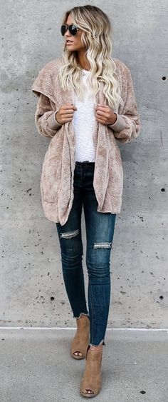 how to wear nude when its cold outside