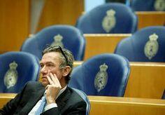 9-Dec-2013 7:45 - VVD'ER VERZWEEG VERGRIJP TWEE WEKEN. Het opgestapte VVD-Tweede Kamerlid Matthijs Huizing verzweeg zijn aanhouding voor rijden onder invloed twee weken voor zijn partijgenoten. Dat...