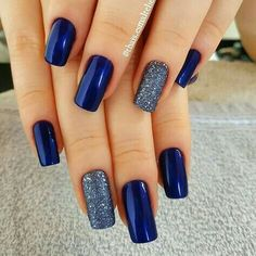 50 Pretty Ways to Wear Dark Blue Nails - 33 - Hair and Beauty eye makeup Ideas To Try - Nail Art Design Ideas Winter Nails Colors 2019, Nail Colors, Winter Colors, Cute Nails, Pretty Nails, Nail Art Designs, Nail Design, Salon Design, Hair And Nails