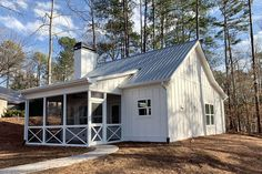 Browse cottage house plans, many with photos showing how great they look when built, in all kinds of shapes and forms. Which cottage home plan do YOU want to build? 2 Bedroom House Plans, Cottage Floor Plans, Cottage House Plans, Small House Plans, Cottage Homes, House Floor Plans, Tiny House Cabin, House With Porch, Tiny House Design