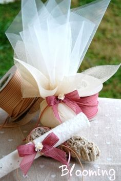 Dress Dress Wedding Favors - Boys Girls Crafts Beautiful, Wedding Favors, Boy Or Girl, Beautiful Pictures, Bloom, Gift Wrapping, Table Decorations, Wedding Dresses, Spa