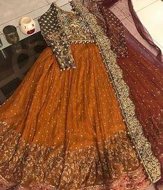 backless wedding dress with veil