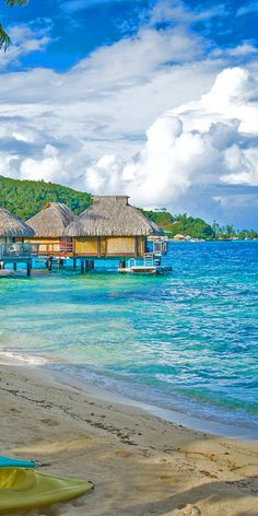 Cruises to Bora Bora, French Polynesia Bora Bora Cruise, Trip To Bora Bora, Bora Bora Honeymoon, Bora Bora Resorts, Vacation Destinations, Vacation Trips, Oh The Places You'll Go, Places To Travel, Bora Bora French Polynesia