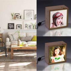 Cajas de luz personalizadas con fotos de los hijos. Ideal para poner sobre las entanterías del salón