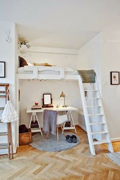 "Oficina abajo de tu cama. Ideas creativas para tu ""home office"" via blog White Hat Architecture"