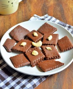 Quick and easy chocolate burfi recipe: Very easy to make sweet,rich and delicious chocolate burfi in flat 15 minutes,recipe @ http://cookclickndevour.com/2014/08/quick-chocolate-burfi-recipe.html