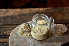 This Homemade Nutritional Yeast Substitute is both healthy & tasty. It's made with only 2 healthy ingredients you already know: miso and sprouted chickpeas. Nutritional Yeast Recipes, Oven Canning, Nutrition Activities, Healthy Protein, Nutrition Plans, Fermented Foods, Vegan Gluten Free, Food To Make, A Food
