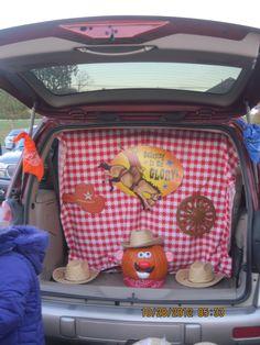 Love the Mr. Potato Head Pumpkin!