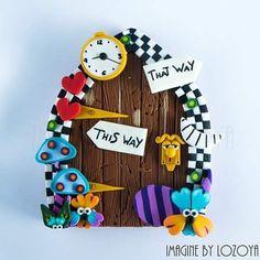 We are all mad here!!!! Puerta inspirada en Alicia en el Pais de las Maravillas. ¡Estoy enamorada de esta puertica! *Pedido personalizado.  #fimo #arcillapolimerica #artesaniacontemporanea #imaginebylozoya #polymerclay #fairydoor #fairy#alice #aliceinwonderland #door #handmade#hechoamano #etsy #etsyshop #etsyseller #alicethroughthelookingglass #alicedoor #whiterabbit #cheshire #cheshirecat