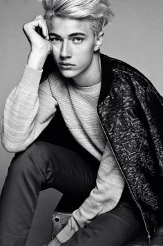 Lucky Blue Smith♡