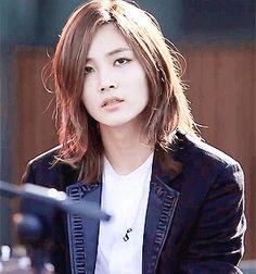 jeonghan right stare / Seventeen