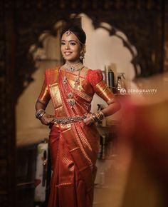 South Indian bride, wedding saree, wedding jewelry, puff sleeves blouse, silk saree Indian Wedding Henna, Indian Bridal, Saree Wedding, Wedding Shoot, Indian Blouse, Indian Sarees, Silk Sarees, Indian Fashion Designers, Indian Designer Wear