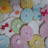 Galletas decoradas Pascua Sugar, Cookies, Desserts, Food, Decorated Cookies, Easter, Sweet Treats, Postres, Cookie Recipes
