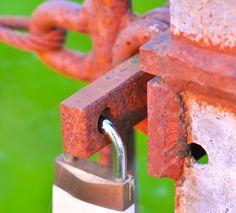 Altes und neues Eisen nebeneinander... (OK es ist Chromstahl und Messing; aber eben neuer...)
