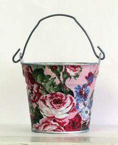 Decoupage bucket in Rosie