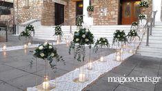 Wedding Flower Design, Rustic Wedding Flowers, Chic Wedding, Wedding Ceremony, Wedding Day, Flower Centerpieces, Wedding Centerpieces, White Wedding Decorations, Tropical Weddings