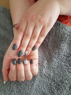 Acrylic nails chrome nail
