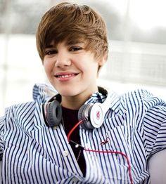 Justin bieber with Hollister❤❤