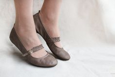 Chocolate Twist - Handmade Leather Ballet flats - CUSTOM FIT via Etsy.