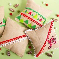 Christmas Stockings, Diy, Holiday Decor, Home Decor, Xmas, Proposals, Toss Pillows, House Decorations, Dressmaking