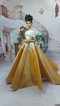 RainBow Sequin Evening Dress Outfit Gown For Barbie Silkstone Fashion Royalty FR Barbie Gowns, Barbie Dress, Barbie Clothes, Fashion Royalty Dolls, Fashion Dolls, Dress Outfits, Fashion Dresses, Barbie Outfits, Barbie Model
