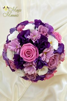 Mireasa sau Nasa - Buchete de mireasa Purple Wedding Bouquets, Bride Bouquets, Bridal Flowers, Love Flowers, Fresh Flowers, Floral Wedding, Dream Wedding, Wedding Day, Wedding Bells