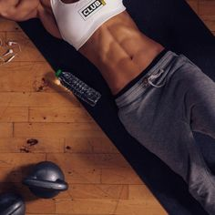 Six-pack formula: The secret behind a flat, well-toned stomach - Fitness Body Fitness, Fitness Goals, Fitness Tips, Health Fitness, Planet Fitness, Fitness Outfits, Fitness Women, Fitness Watch, Health Club