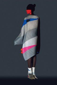 Issey Miyake Amazing Collection Inspired by Ikko Tanaka – Fubiz Media