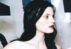 """rovrsi: """" 'Middle Ground'. Guinevere van Seenus by Ellen Von Unwerth for Vogue US, Jan 1998 """""""