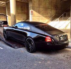 #Black Rolls Royce Wraith #2017 #supercar