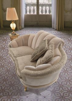 Classical sofa in velvet & silk Living Room Decor Furniture, Living Room Sofa Design, Furniture Design, Modern Sofa, Modern Bedroom, Art Deco Sofa, Sofa Chair, Decoration, Home Interior Design