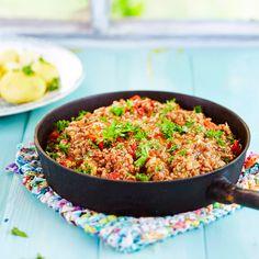 Pirkka arrabbiata pestolla saat hieman potkua perinteiseen jauhelihakastikkeeseen. Arrabbiata-jauhelihakastike sopii mainiosti myös spaghetin kanssa.