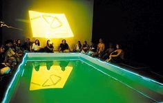 """A instalação """"Cosmococa CC4 Nocagions"""", de 1973, projeto de Hélio Oiticica que foi exposto na mostra paralela da Bienal de São Paulo (2006)"""