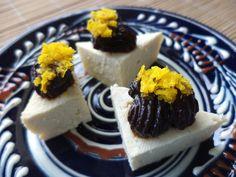 Prajituri De Branza Tofu Cu Magiun De Prune / Tofu Cheese Cakes With Plum Jam https://vegansavor.wordpress.com/2015/07/05/tofu-cheese-cakes-with-plum-jam-and-orange-peel/ #Topoloveni #plum #jam #orange #peel #Tofu #cheese #vegan #sweets