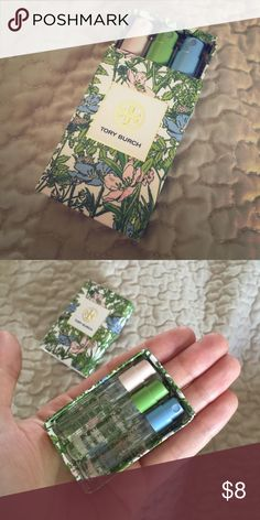 Tory Burch perfume samples Pretty floral matchbox with three different story Burch scents: Jolie Fleur Rose //  Jolie Fleur Verte //  Jolie Fleur Bleue Tory Burch Other