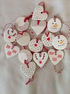 Snowman Christmas Ornaments, Homemade Christmas Decorations, Christmas Clay, Clay Ornaments, Christmas Projects, Handmade Christmas, Holiday Crafts, Christmas Holidays, Christmas Tree