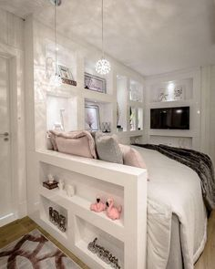 30 Cool Basement Bedroom Ideas 2020 (You Wanna Try Have you got an empty basement? If so, why don't turn it into a cool basement bedroom? You can even make it a guest bedroom or even an extra master bedroom. Source by noemishaeffer Cute Bedroom Ideas, Cute Room Decor, Girl Bedroom Designs, Teen Room Decor, Design Bedroom, Wall Design, Small Room Bedroom, Room Decor Bedroom, Master Bedroom