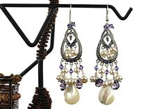 Chandelier earrings with Swarovski crystals and white pearls