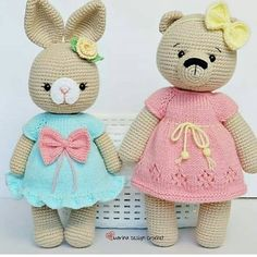 Hello You will love these crochet toys. You can find it on the amigurumi menu for tutorial. Crochet Bear, Filet Crochet, Easy Crochet, Crochet Toys, Crochet Lace, Crochet Beach Bags, Crochet Market Bag, Knitting For Kids, Free Knitting
