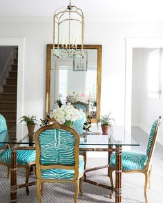 Sunday dinner calls for something special. Turquoise zebra print, perhaps? 👍 (📷: James Merrell   Design: @toddaromano) #homesweethome #instadecor