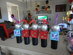 party favors/microphone cups