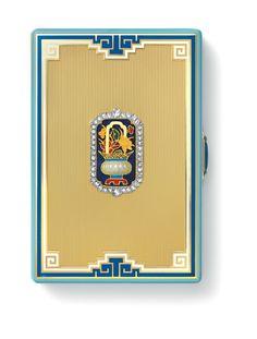 Étui à cigarettes, Cartier Paris, 1930. Or, jade, lapis-lazuli, turquoises, diamants, émail. Nils Herrmann, Cartier Collection © Cartier